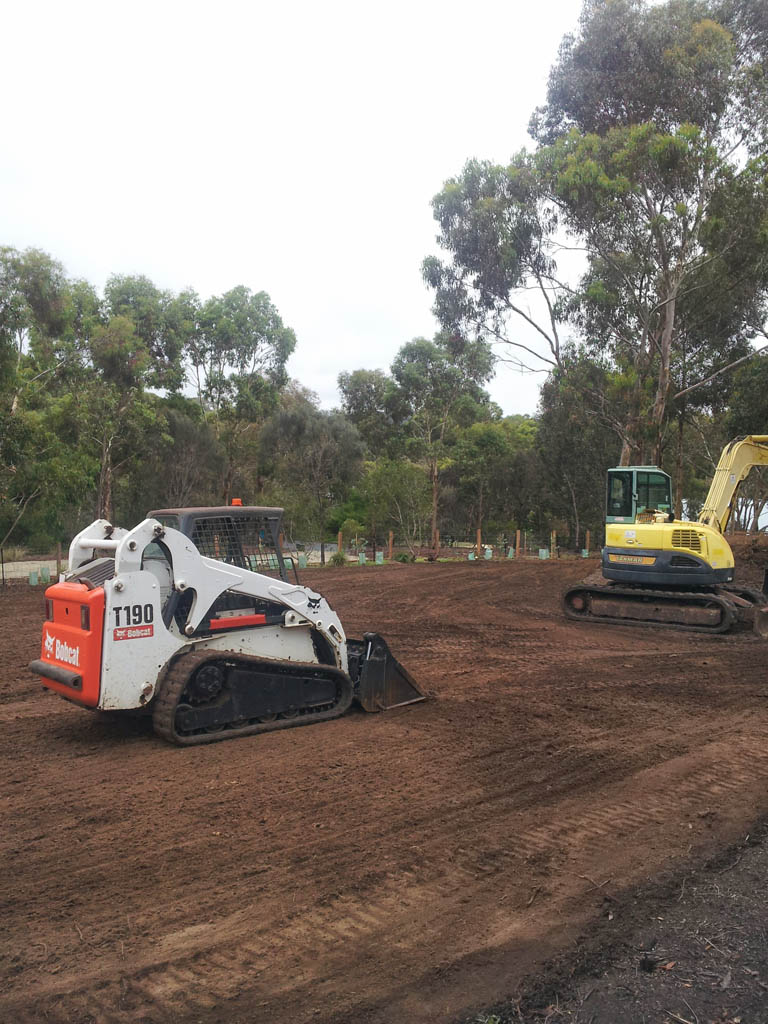 earthmoving equipment torquay