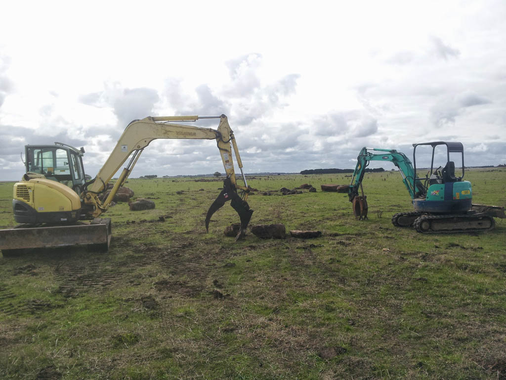 earthmoving equipment torquay